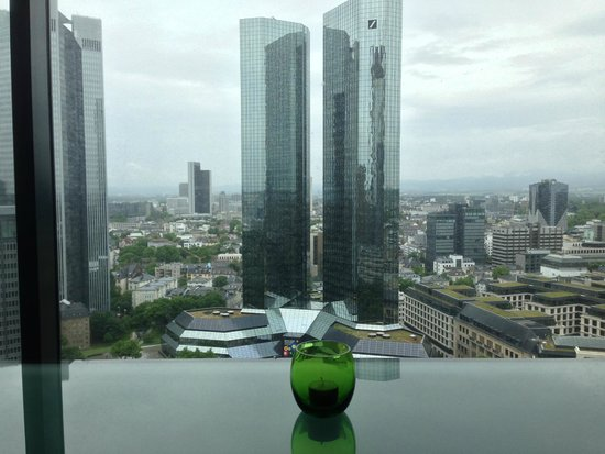 Innside by Meliá Frankfurt Eurotheum: Lounge area