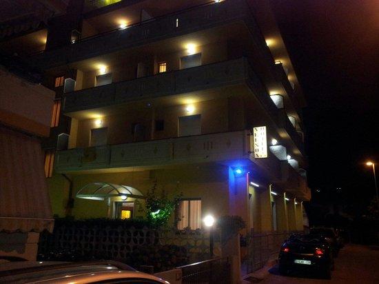 Nelson Hotel: L'Hotel di notte