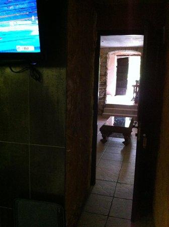 wc avec une porte saloon photo de hotel restaurant mas palou rosas tripadvisor. Black Bedroom Furniture Sets. Home Design Ideas