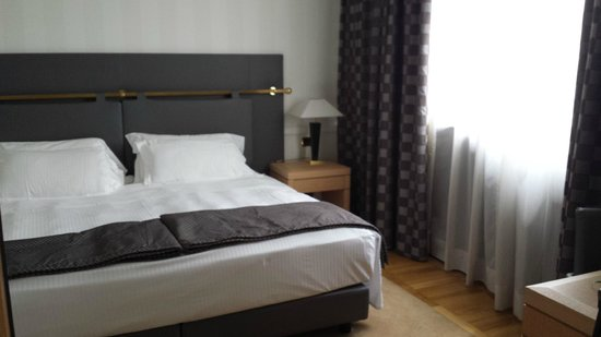 Grand Hotel Duca di Mantova: bed room (suite)