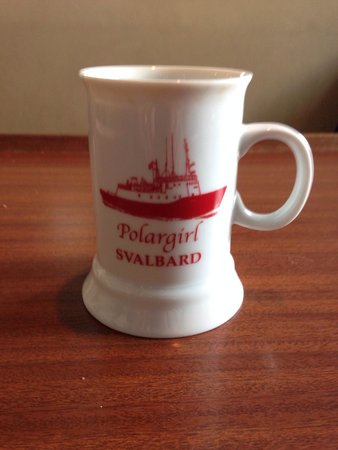 Svalbard Wildlife Expeditions: Bought a mug for about 20 bucks. Had 1 cup of tea and 5 cups of coffee - all are free if you buy