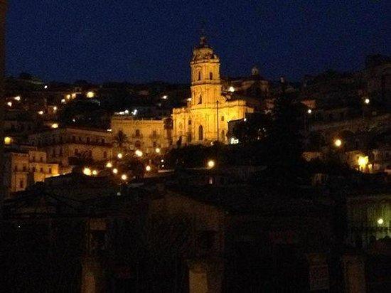 Hotel Relais Modica: la vista notturna dalla nostra stanza