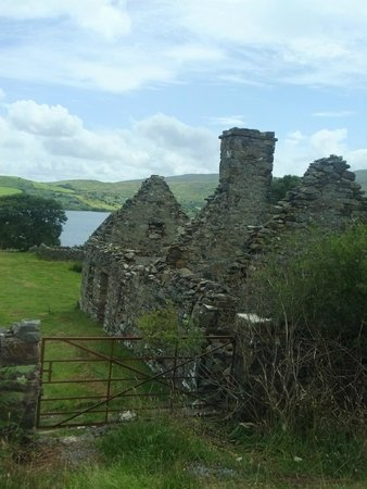 Kylemore Abbey & Victorian Walled Garden: Remains of a cottage.