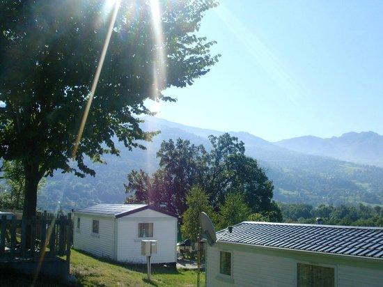 Camping Deth Potz : Mobil home en terasse