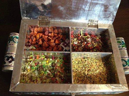 Mr India - Indian Restaurant: Mouth Fresheners