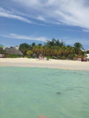 Sun Palace: island trip