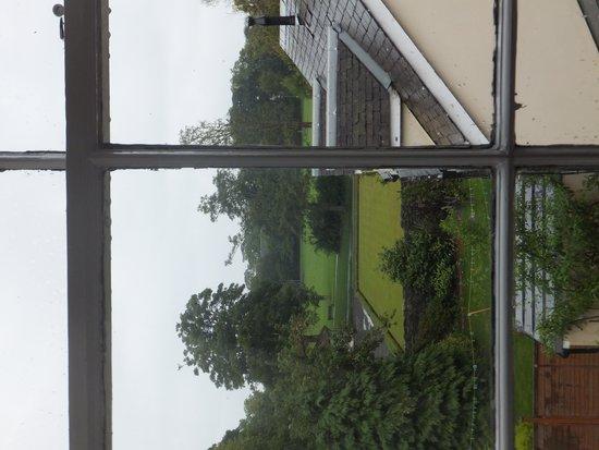 The Bonnington Guest House: Vue sur le parc depuis la fenêtre de notre chambre