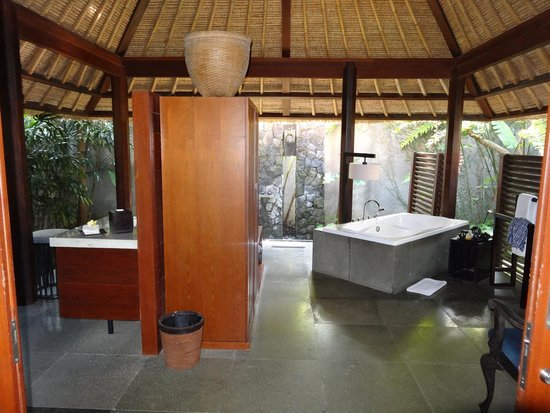 Kayumanis Ubud Private Villa & Spa: Badewanne