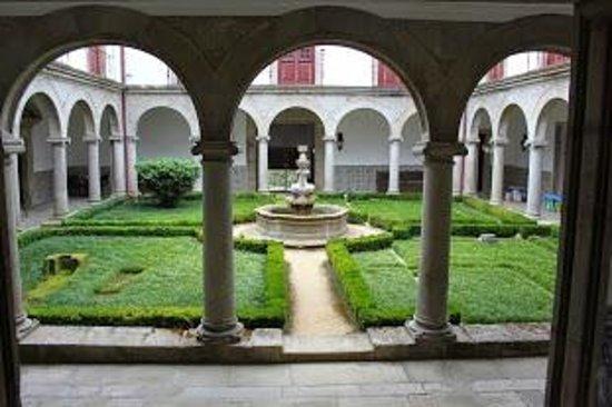 Pousada Mosteiro Guimarães: Il Chiostro