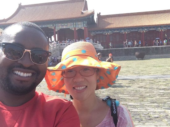 Beijing Tour Guide: Selfies with Violet at the Forbidden City