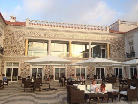 Praia D'El Rey Marriott Golf & Beach Resort: Hotel patio