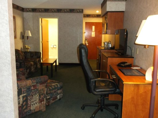 Best Western Executive Inn & Suites : more than expected, but all we needed!