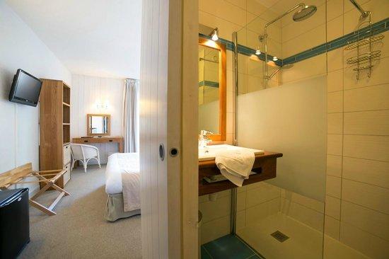 Hôtel Fleur de Sel : Possibilité de salles de bain avec douche