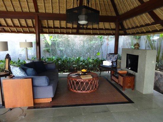Kayumanis Ubud Private Villa & Spa: Wohnzimmer