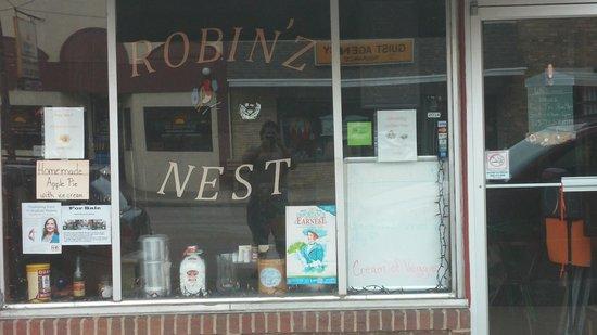 Robin'z Nest