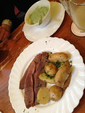 Apfelwein Wagner: yet another meaty dish we had tried... but tasted so good!