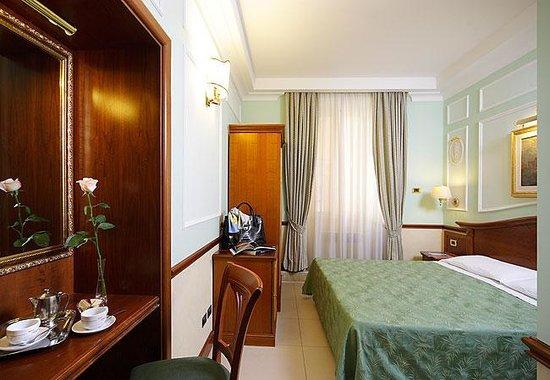 Hotel Hiberia: Camera