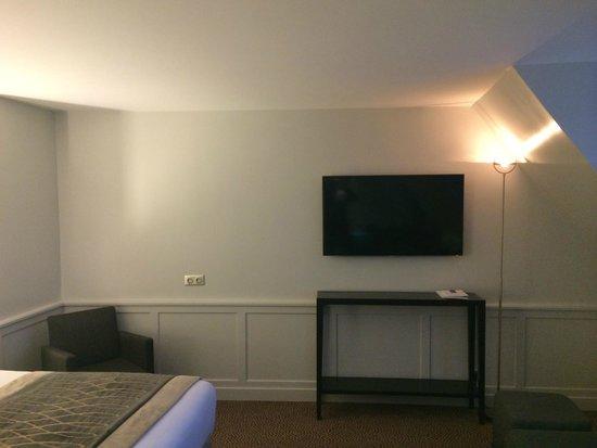 Hotel Baltimore Paris Champs-Elysées : Suite Junior
