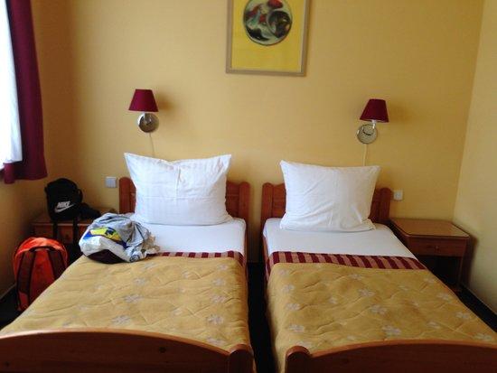 Cloister Inn Hotel: Chambre pour 2