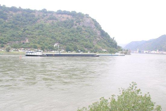 Rheintal: Trafic de bateaux de commerce