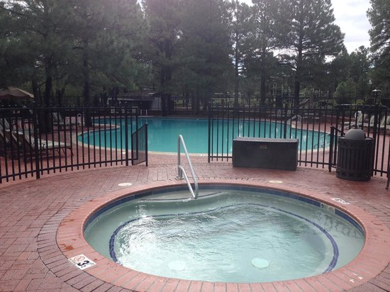 Little America Hotel Flagstaff: Pool Area