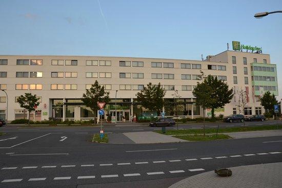 Holiday Inn Berlin Airport - Conference Centre: schöne Lage