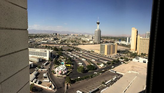 Circus Circus Hotel & Casino Las Vegas : View from sky tower room 27711