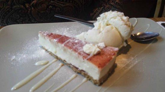 Amalia Italian Restaurant : Strawberry and White Chocolate Cheesecake