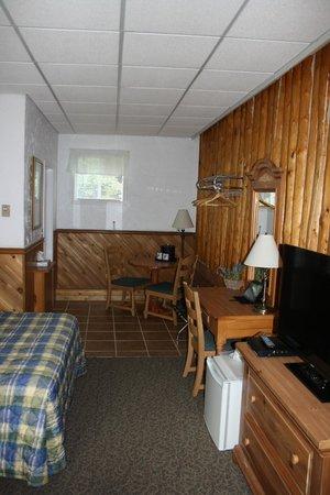 Mystic Isle Motel : Room
