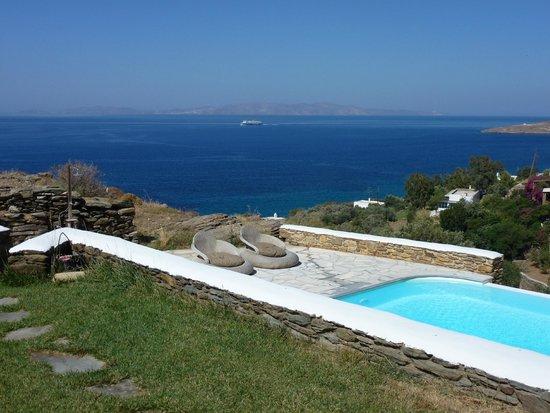 Vega Apartments: View from apartment towards Syros