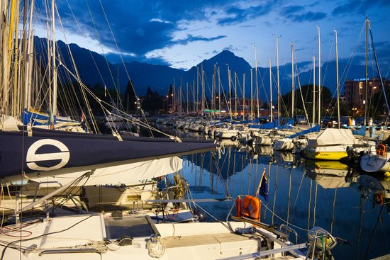 Hotel Garda - TonelliHotels: pobliska marina