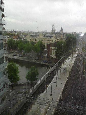 Ibis Amsterdam Centre: Vista