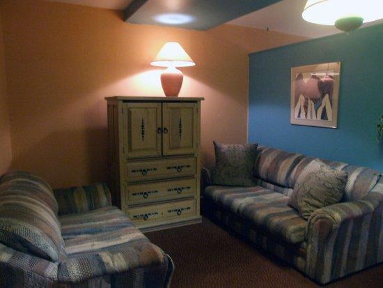 Pow Wow Inn : Suite Room