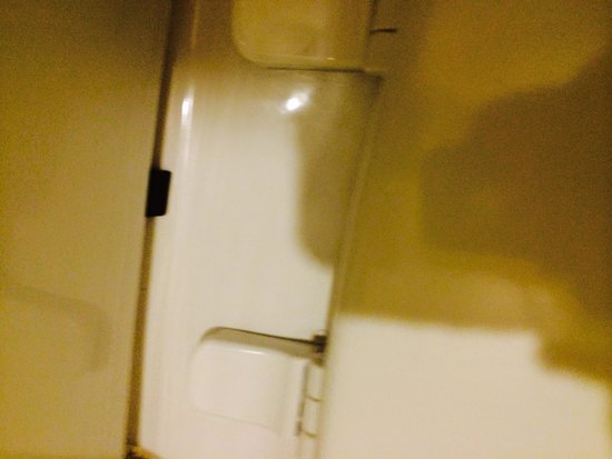 """Homewood Suites by Hilton Atlanta - Cumberland / Galleria : Toilet after """"cleaning"""""""
