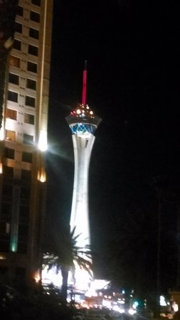 Hilton Grand Vacations on the Boulevard : stratosphere