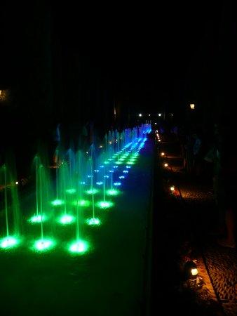 Alcázar de los Reyes Cristianos: Light and sound