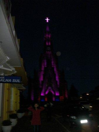 Catedral de Pedra: Iluminação belíssima!