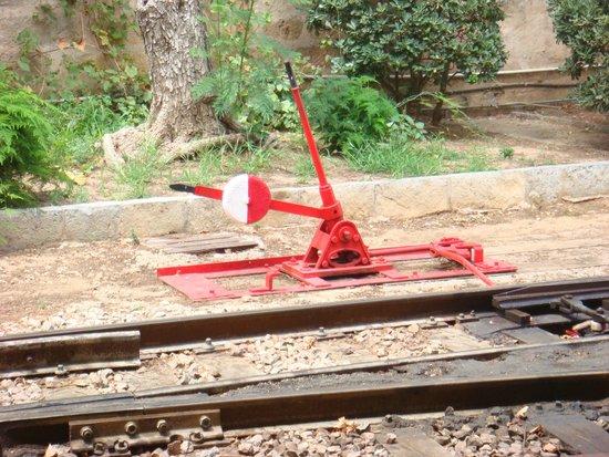 Ferrocarril de Soller : Weichenstellung mit Muskelkraft