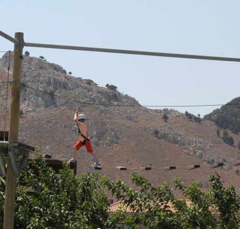 Holiday Village Rhodes: high ropes