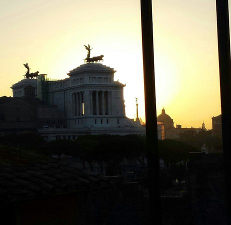 Made in Rome Bed&Breakfast: View from the terrace!