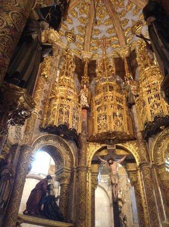 Convento de la Orden de Cristo: Charola