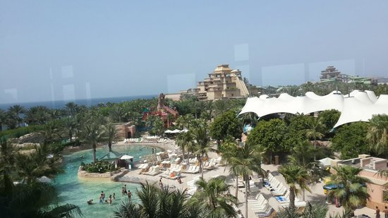 Aquaventure Waterpark: Aquaventure, view  from Monorail Station