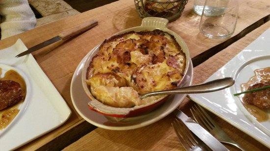 restaurant l'épicéa : La garniture, le succulent gratin dauphinois !