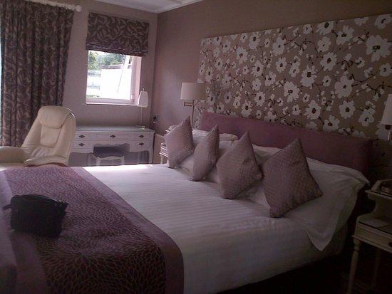 The Burn How Garden House Hotel: Inside superior bedroom