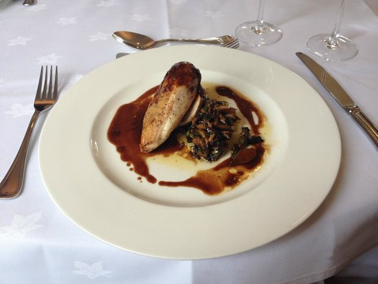 Doxford Hall Hotel: Roast Chicken with mushrooms and blue cheese
