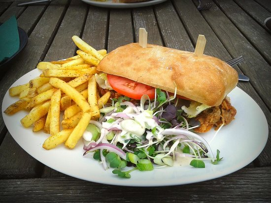 The Sandstone: pulled pork roll with Cajun fries