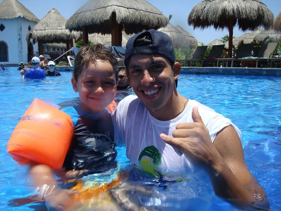 Now Sapphire Riviera Cancun : Luis & Tristan