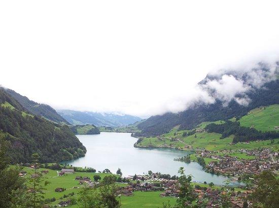 Grindelwald, Switzerland: Lago.