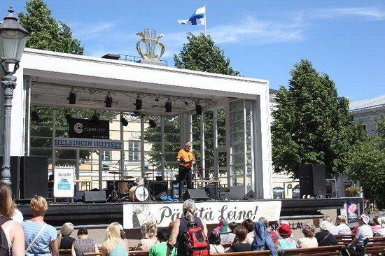 The Esplanadi Park: Band Shell