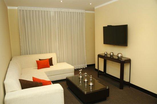 Hotel El Gran Marqués: Living room Suite Junior